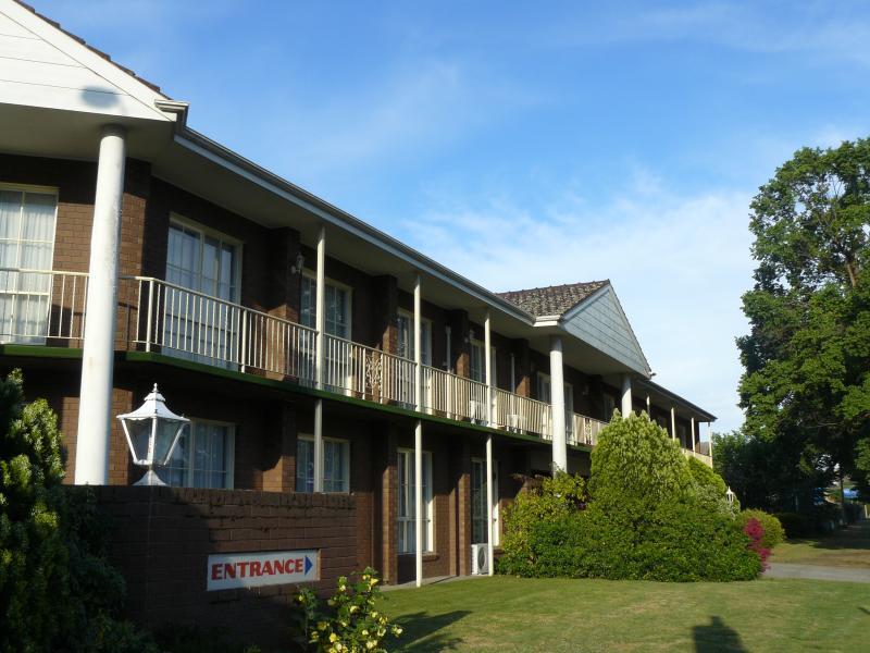 Front entrance - Australia Park Motel