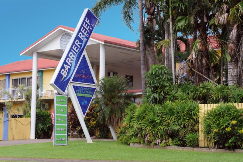 Barrier Reef Motel Innisfail - Barrier Reef Motel