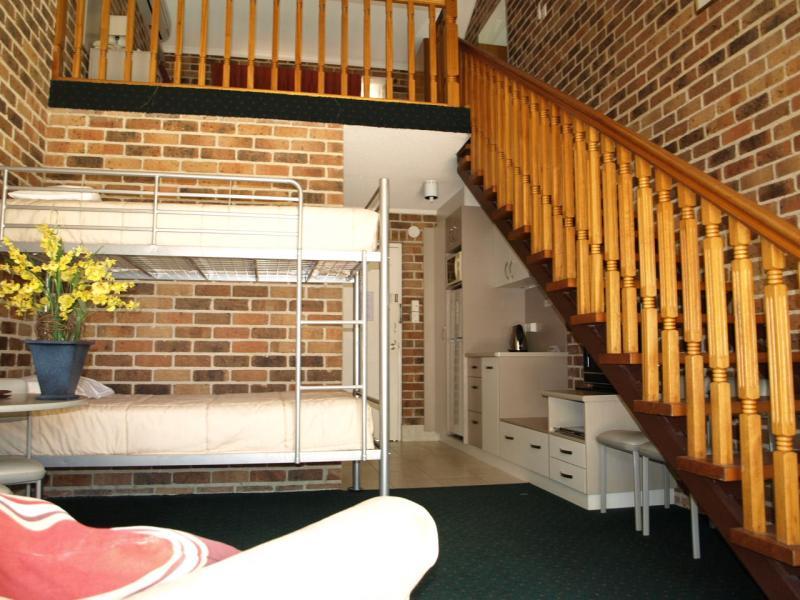 Studio Family room - Beenleigh Yatala Motor Inn