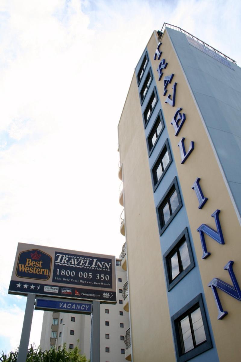 Building Entrance - Broadbeach Travel Inn Apartments
