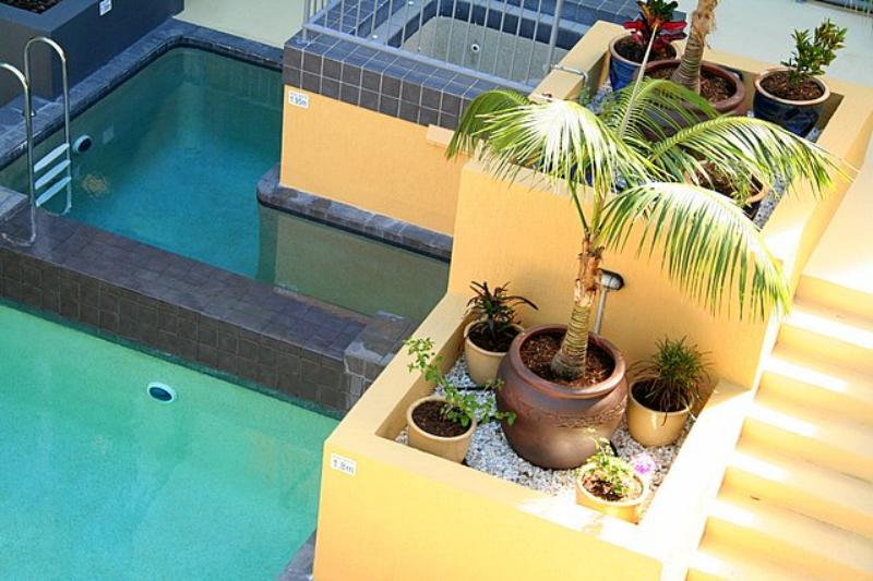 Plunge Pool & Spa - Coolum Beach Resort