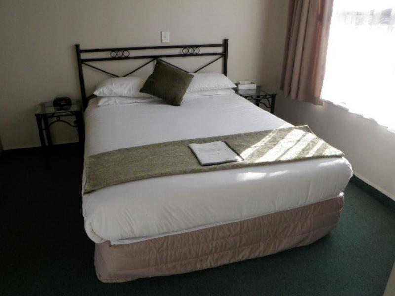 1 Bedroom - Durham Motor Inn