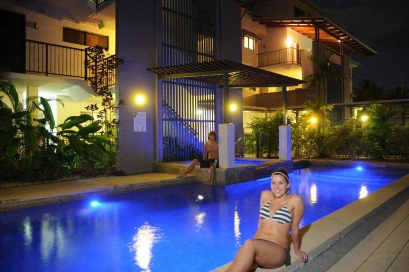 Relaxing Pool - Getaway on Grafton