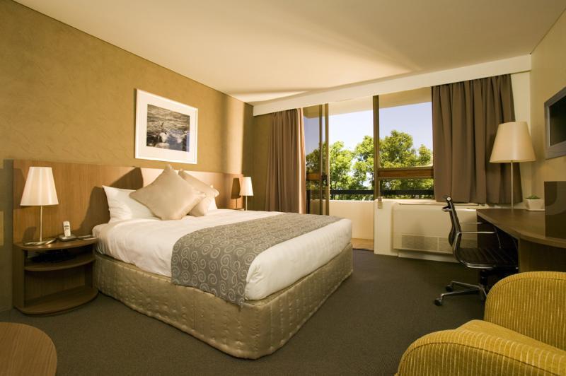 Urban Balcony Room - Hotel Urban St Leonards