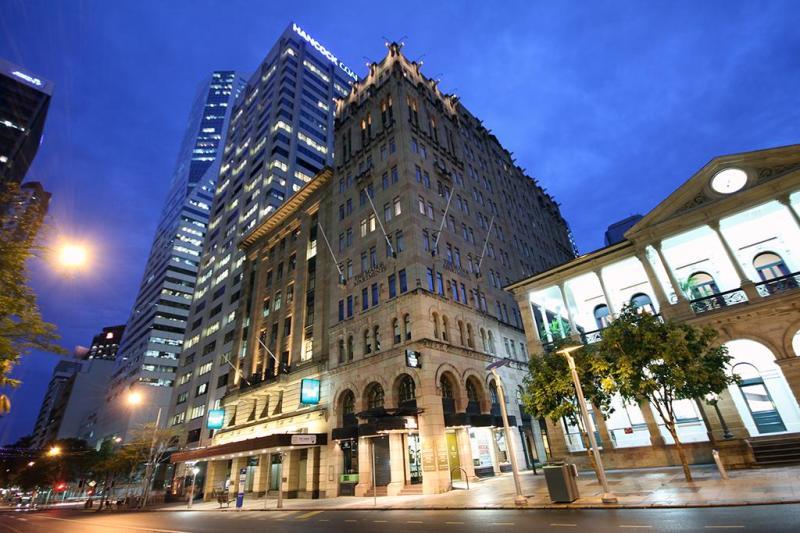 The Manor Apartment Hotel Brisbane (exterior) - Manor Apartment Hotel