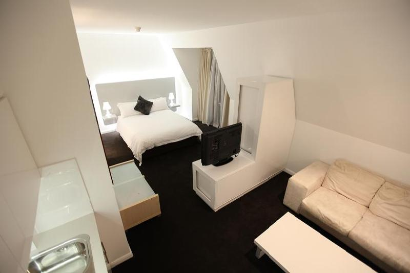Deluxe Studio Apartment - Morgans Boutique Hotel