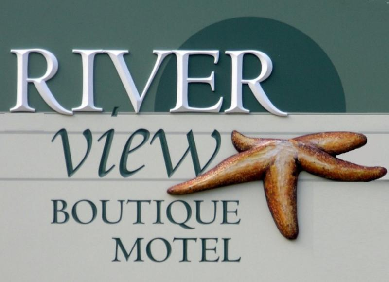 Sign - Riverview Boutique Motel