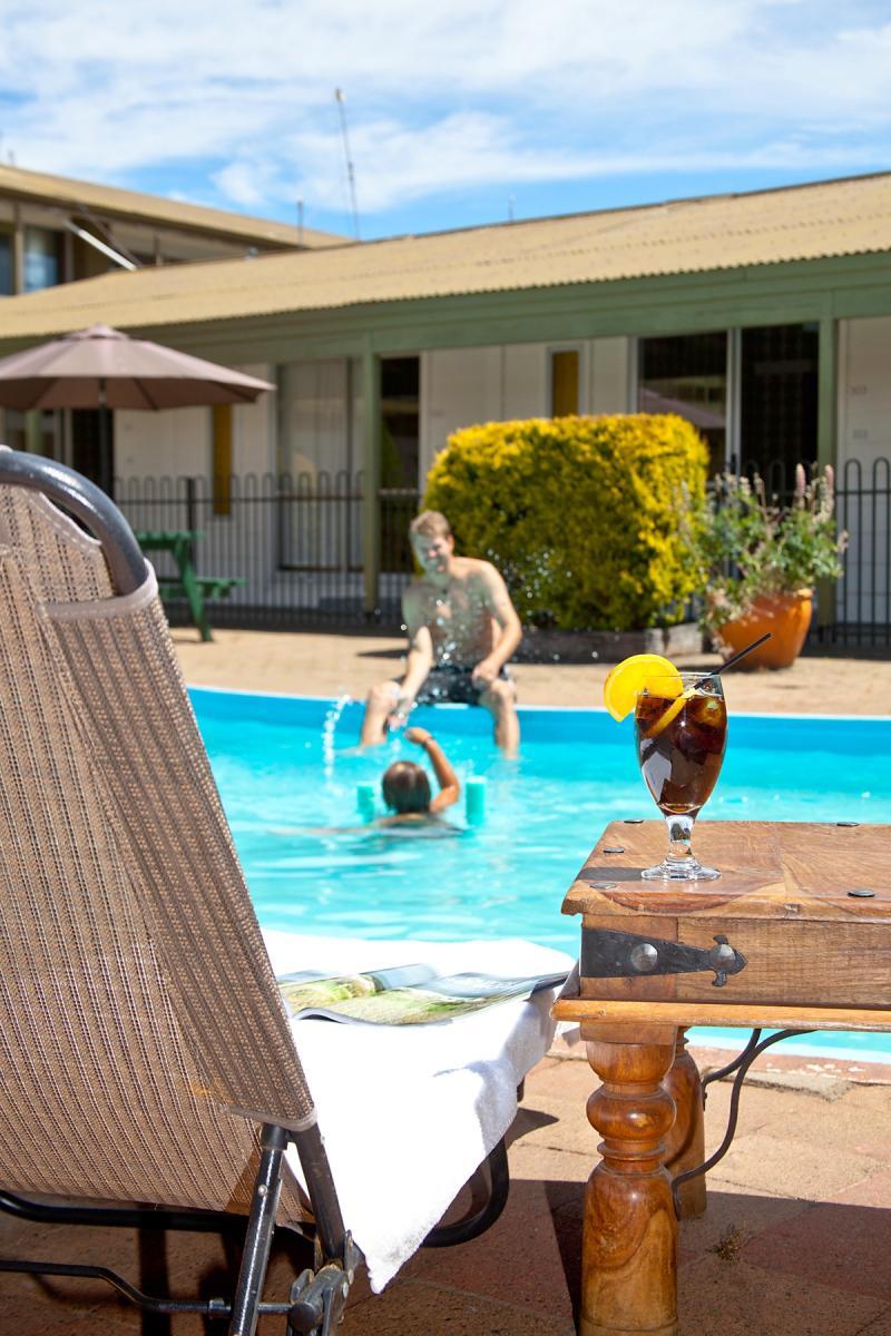 Swimming Pool - Godley Resort Hotel