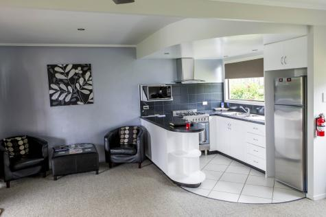 Kitchen - Aataren Norfolk Island Villas