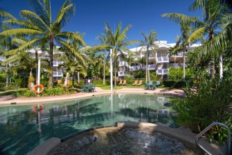Pool view - Cairns Beach Resort
