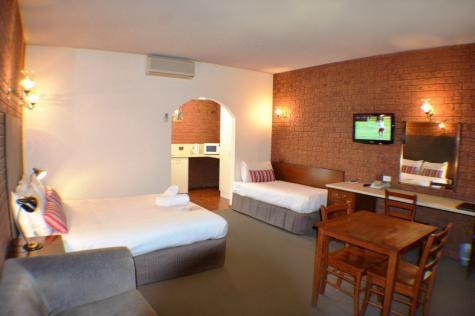 Twin room - Best Western Meramie Motor Inn
