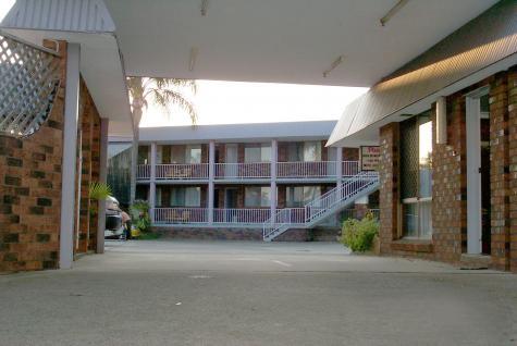 Exterior of property - Best Western Parkside Motor Inn
