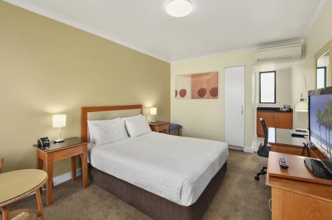 Queen Room - Best Western Plus HW Boutique Hotel
