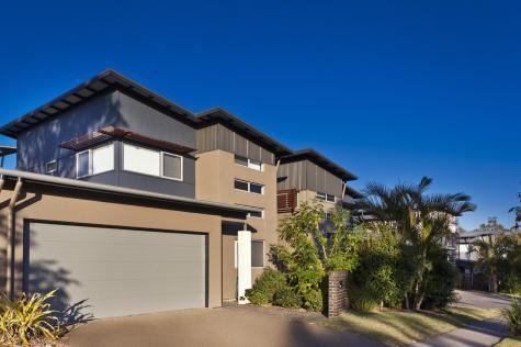 Exterior of property - Best Western PLUS Quarterdecks Retreat