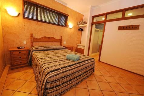 Bedroom - Blue Seas Resort