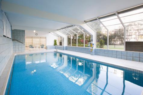 Indoor Swimming Pool - BreakFree Beachpoint