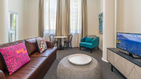 1 Bedroom Apartment - Mantra City Central