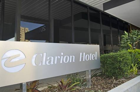 Clarion Entrance - Clarion Hotel Townsville