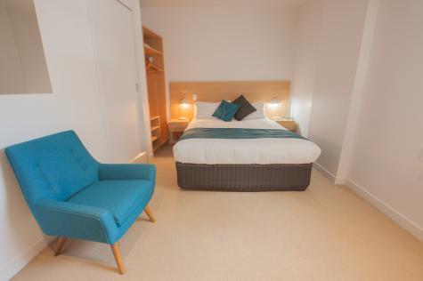 Standard Queen Room - Customs House Hotel