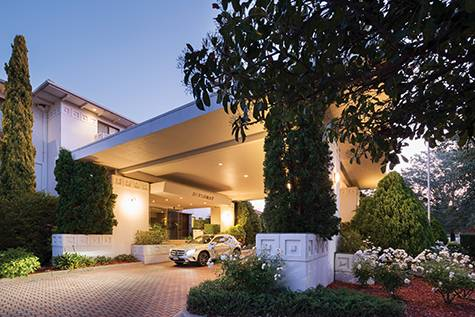 Outside - Diplomat Hotel Canberra