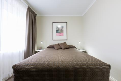 Executive Two Bedroom Apartment  - Forrest Hotel and Apartments