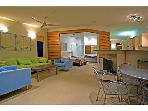 Domain Casuarina Beach Resort - Photo 2