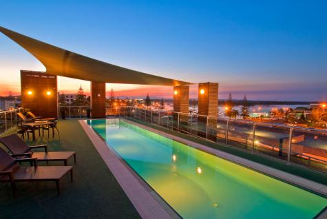 Swimming Pool - Mantra Quayside