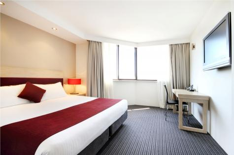 Guest room - Rendezvous Hotel Sydney Central
