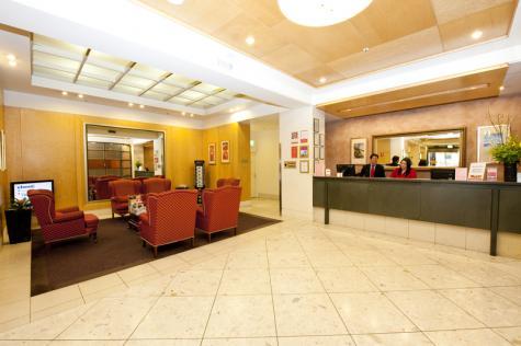 Lobby - Metro Hotel on Pitt