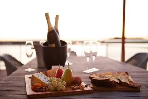 Dining - Pier One Sydney Harbour