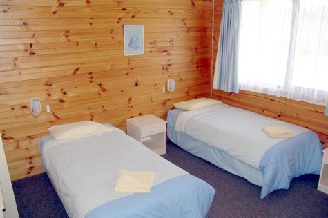 Silver Ridge bedroom twin - Silver Ridge Retreat
