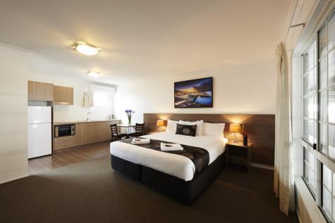 Executive King Suite - Takalvan Motel
